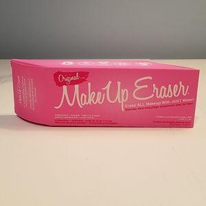 NIB Original Makeup Eraser cloth